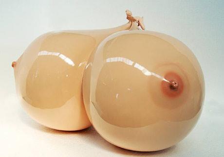 model of enormus boobs