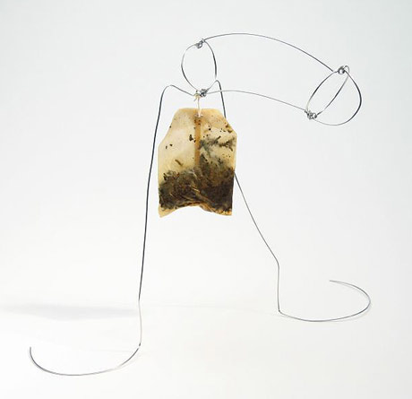 Wire cock with tea bag balls